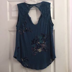 Lucky Brand Blue Floral Open Knit Top L